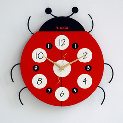 Free-shipping-hot-sale-DIY-creative-personalized-3D-2013-beetle-fashion-cartoon-electronic-silent-Wall-clock.jpg_250x250