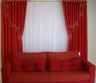 cortinas-vermelhas-para-salas-4